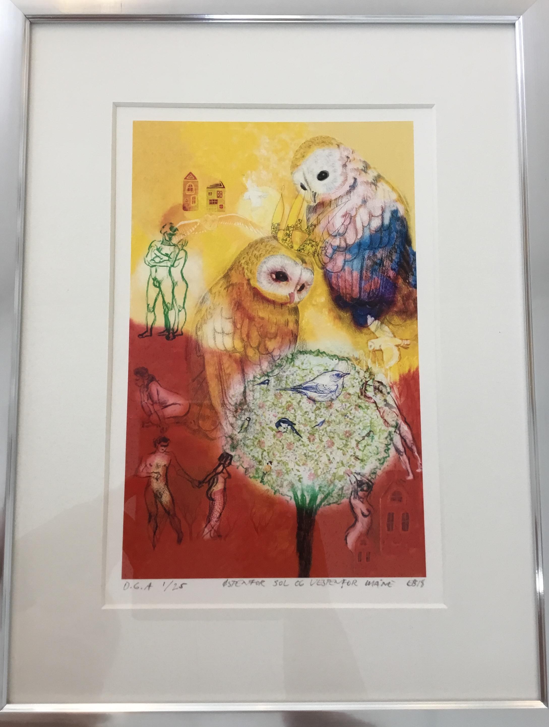 Eva Brydøy er en kunstner fra Horten! Hun er utdannet grafisk designer fra England! De siste årene har hun begynt å lage morsomme og fargerike bilder.